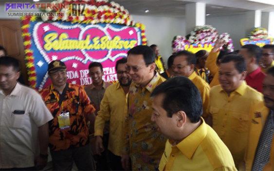Pakai Batik Kuning, Ahok Hadiri Musyawarah Daerah DPD Golkar DKI