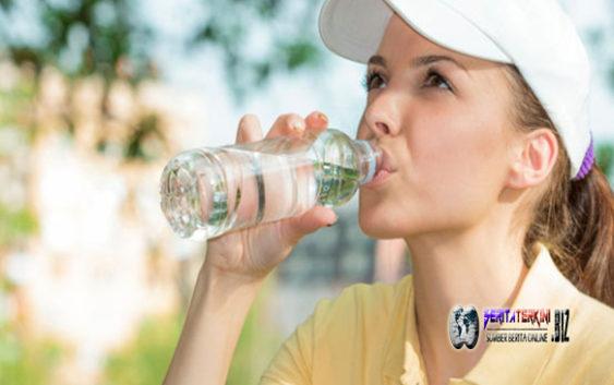Apakah Pola Minum Anda Sehari Sehari SUdah Benar?