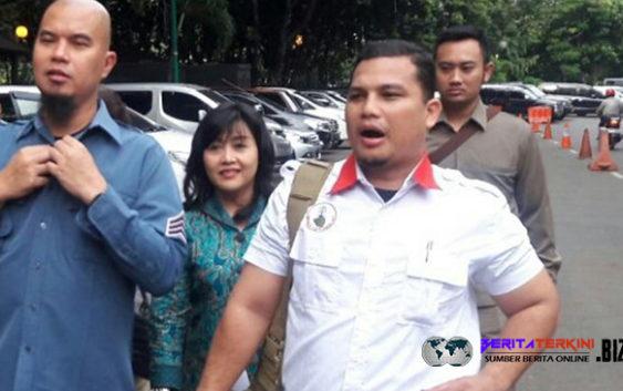 Ahmad Dhani Mengeluh Pertanyaan Penyidik Di Ulang Ulang dan Membuang Waktunya