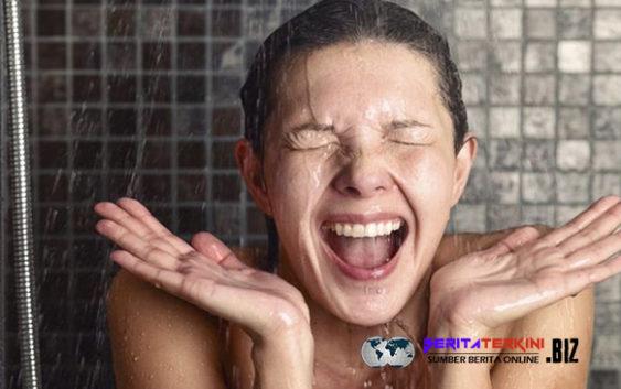 Rasakan 6 Keuntungan Ini Apabila Kamu Biasa Mandi Air Dingin Di Pagi Hari