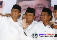 Bersama Prabowo, Anies,  Sandi Bahas Peristiwa Di Timur Tengah Pada Saat Acara Buka Puasa