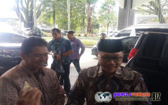 Ketua Umum PAN Mengeluarkan Pendapat Mengenai Pertemuan SBY Dan Prabowo