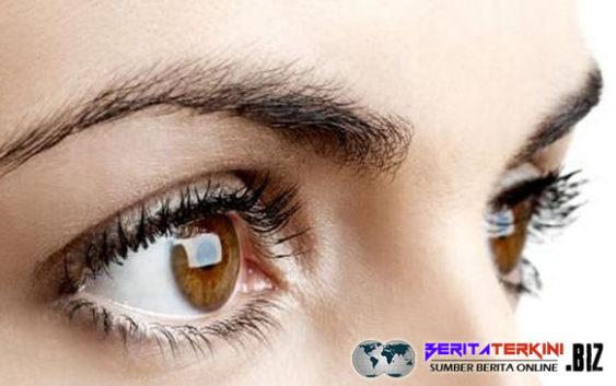 5 Kesalahan Fatal Dalam Menggunakan Lensa Kontak