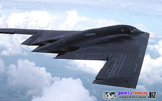 Pesawat Pengebom B-2 Melintasi Pasifik Menjelang Kunjungan Trump